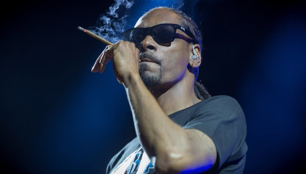 Snoop Dogg Draws Wrath of English Soccer Fans Over Pro ...